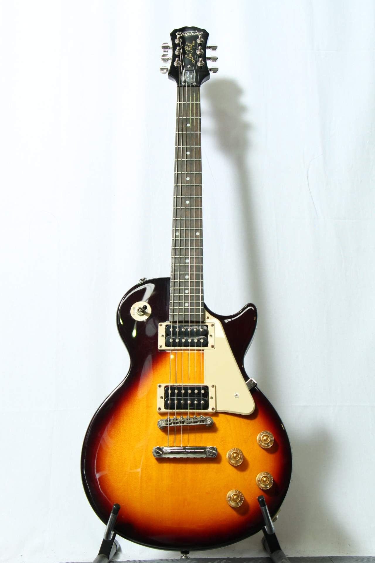 epiphone les paul lp 100 rent from 13 month musicorp australia. Black Bedroom Furniture Sets. Home Design Ideas