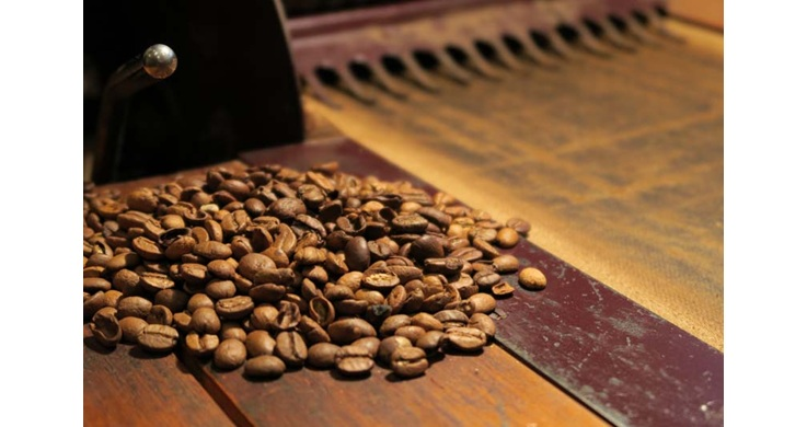 Image of coffee beans taken with the Canon PowerShot G7X digital compact camera